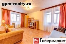 Санкт-Петербург, Шаумяна проспект, 52/1: 2-комнатную квартиру, 50/30/7 м, 9/9 кирпичный, лоджия, комнаты 15+15 м, комнаты изолированные, нормальное состояние, санузел совмещенный, окна стеклопакеты, кухня-столовая, вся необходимая мебель, прихожая, бытовая техника, стиральная машина, холодильник, телевизор, посуда, интернет, паркет, металлическая двойная входная дверь, окна на разные стороны, чистый подъезд, домофон, видеонаблюдение, 1'800 руб./в сутки+счетчики, сдам