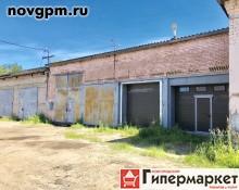 Окуловка, Энергетиков улица, 3: гараж, 5х6 м, кирпичный, 6'000 руб./в месяц, сдам
