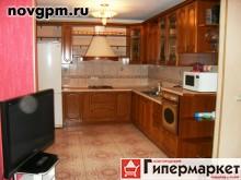 Московская улица, 12: 3-комнатную квартиру, 110/65/25 м, 3/6 кирпичный, 2 лоджии, 2 санузла, кухня-столовая, вся необходимая мебель, встроенная кухня, встроенная мебель, шкаф-купе, прихожая, бытовая техника, стиральная машина, холодильник, телевизор, посуда, интернет, кабельное ТВ, ванная-кафель, душевая кабина, сауна, камин, полы с подогревом, новые межкомнатные двери, металлическая входная дверь, окна на разные стороны, чистый подъезд, домофон, закрытый двор, 35'000 руб./в месяц, сдам