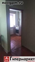 Лазаревский переулок, 1: 2-комнатную квартиру, 40/30/6 м, 3/4 кирпичный, хрущевка, 1964 г.п., потолки 2.7 м, балкон 3 м (не застеклен), комнаты смежные 18+12 м, прихожая 2 м, отличное состояние, косметический ремонт, санузел совмещенный, окна стеклопакеты, вся необходимая мебель, бытовая техника, стиральная машина, телевизор, посуда, кабельное ТВ, новая сантехника, газовая колонка автомат, пол деревянный, натяжные потолки, счетчики, новые межкомнатные двери, двойная входная дверь, окна во двор, чистый подъезд, подвал, домофон, собственник, 1'200 руб./в сутки, сдам, без комиссии