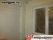 Зелинского улица, 33: комнату в 4-комнатной квартире, 70/12 м, 1/9 панельный, 460'000 руб., продам