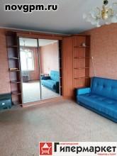 Коровникова улица, 4: 1-комнатную квартиру, 38/19/9 м, 7/9 панельный, вся необходимая мебель, встроенная кухня, холодильник, телевизор, металлическая входная дверь, чистый подъезд, тамбур, домофон, 9'000 руб./в месяц, сдам