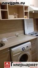 Большая Санкт-Петербургская улица, 148 к.1: 1-комнатную квартиру, 30/17/6 м, 3/5 кирпичный, окна стеклопакеты, вся необходимая мебель, встроенная кухня, шкаф-купе, прихожая, стиральная машина, холодильник, телевизор, интернет, двойная входная дверь, окна во двор, чистый подъезд, домофон, 10'000 руб./в месяц, сдам