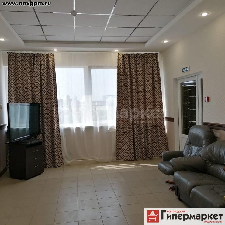 Великий Новгород, Лужское шоссе, 3: 1-комнатную квартиру, 57/45/10 м, 2/2 монолитно-кирпичный, новостройка, свободная планировка, идеальное состояние, евроремонт, санузел раздельный, кафель, кухня-столовая, вся необходимая мебель, телевизор, интернет, кабельное ТВ, душевая кабина, бассейн, сауна, новые межкомнатные двери, закрытый двор, видеонаблюдение, охрана, собственник, от 800 руб./в сутки с человека, сдам, без комиссии